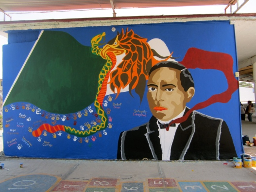 Day 7 may 7th u of r cougar women 39 s soccer in pachuca for Benito juarez mural
